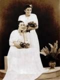 Paní Marta Weissová-Pešková s paní Kupkovou