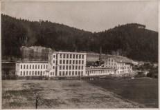 Textilní továrna fy. Adolf Freund Muzlov roku 1942